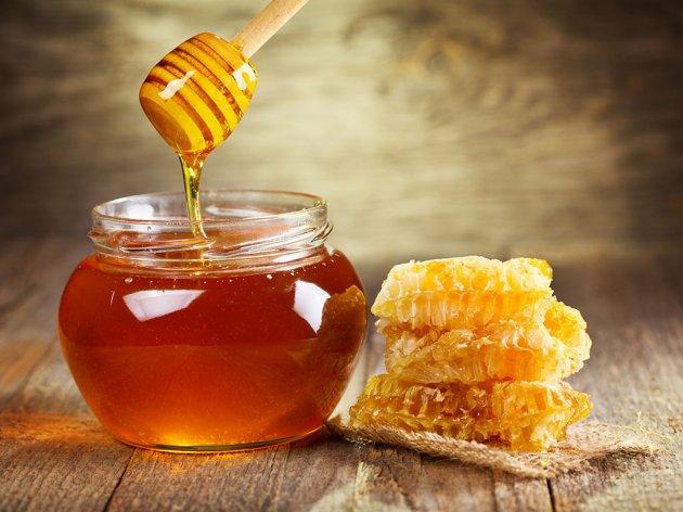 Nevreme uništilo sve: Preti nestašica bagremovog meda